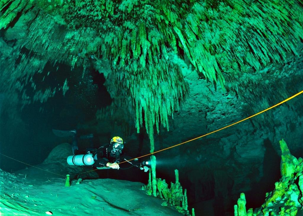 CAVERN DIVER  разновидность пещерного дайвинга