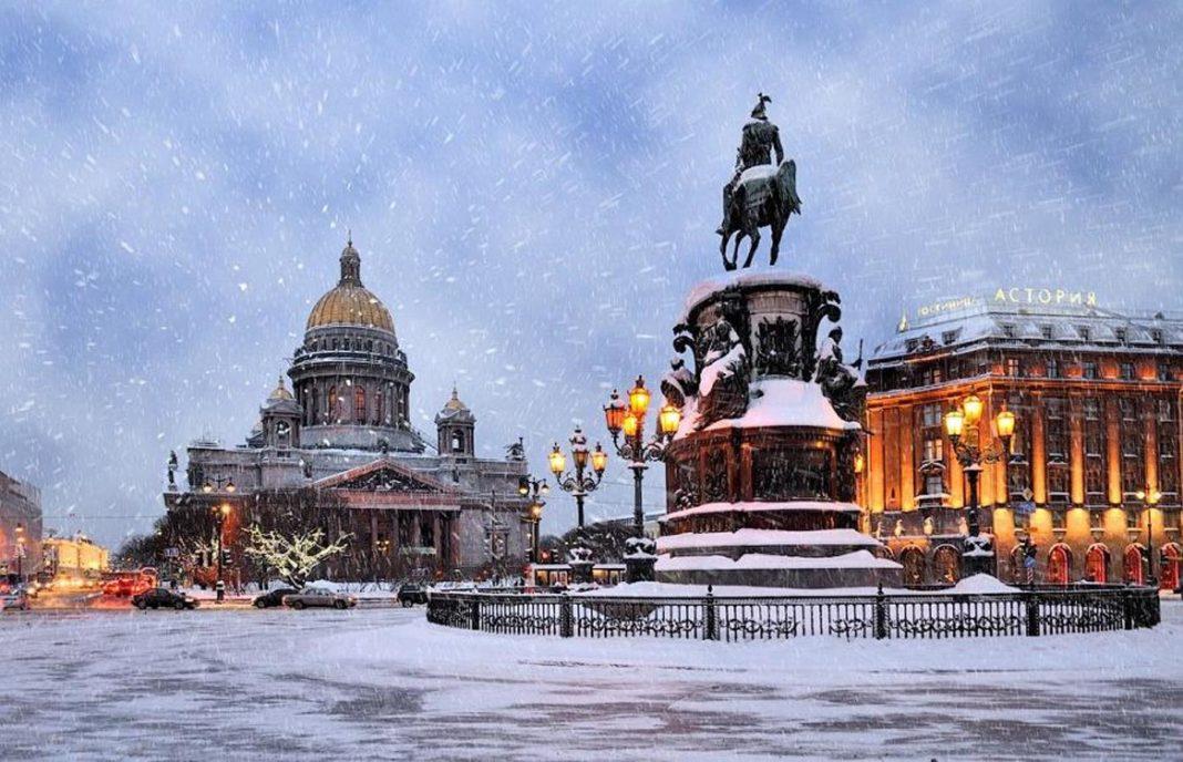 Санкт-Петербург не ждет гостей на Новогодние праздники