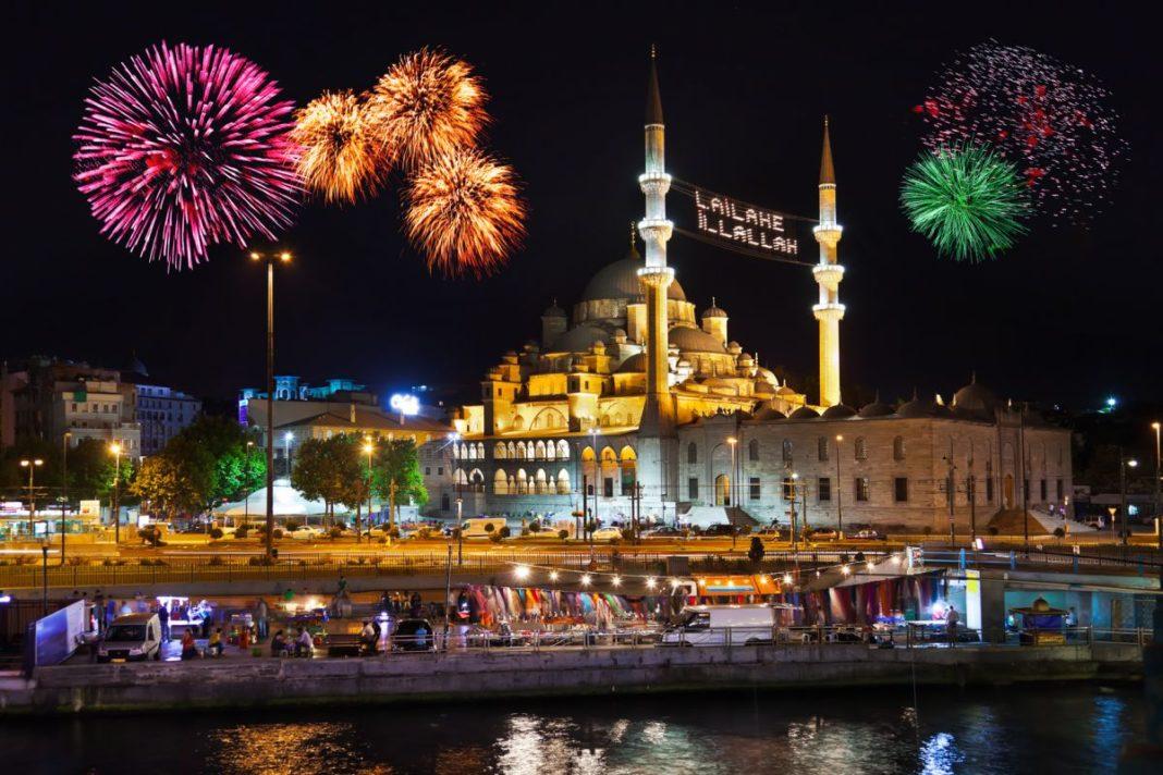в Турции запретили новогодние мероприятия в гостиницах