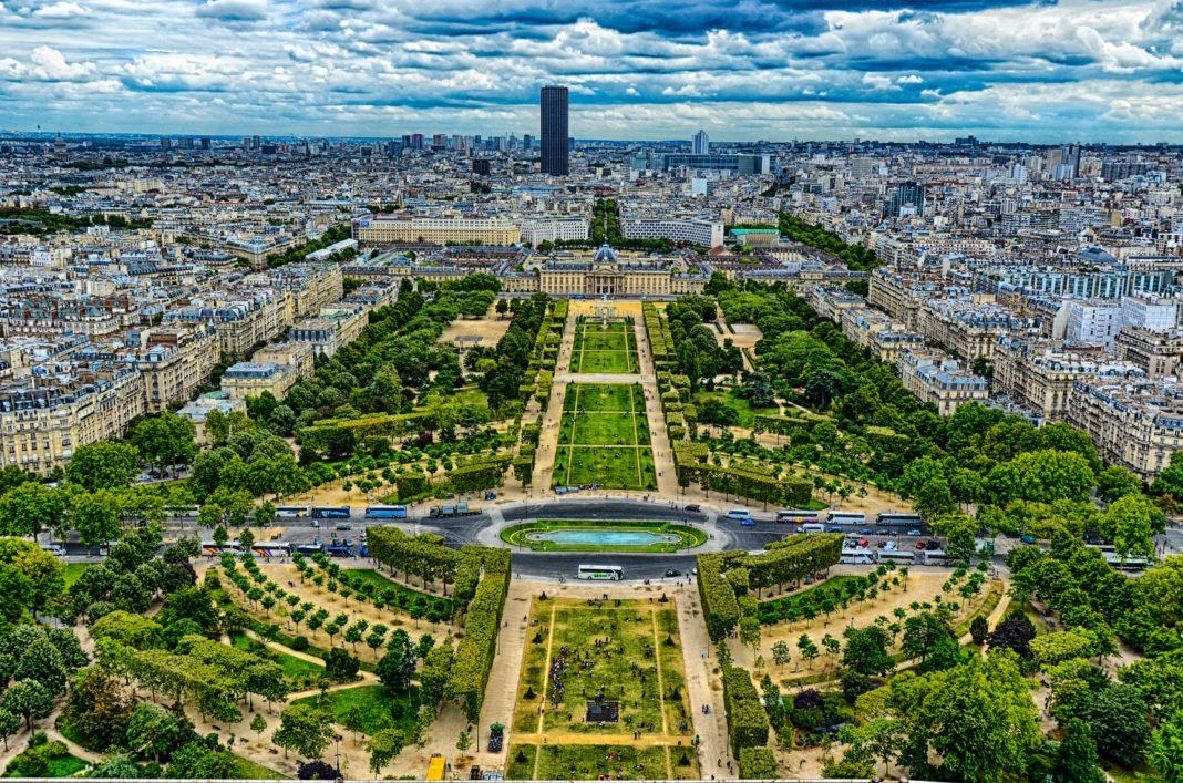 Елисейские поля Париж