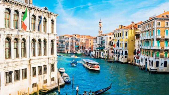 Ограничения в Италии продлеваются с воскресенья